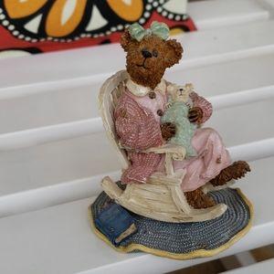 Boyd's Bears momma and baby bear figurine